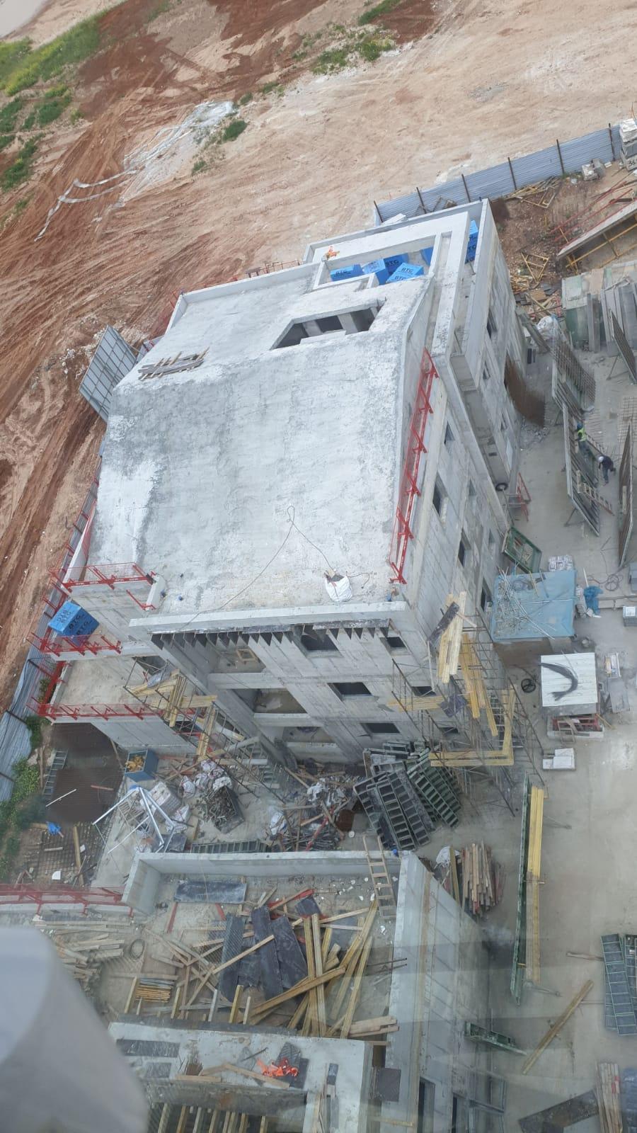 מגרש 107 סיום שלד מבנים דגם א' וגגות משופעים כולל שינויי דיירים | מגרש 106 עבודות על תקרת מרתף 26.03.2020